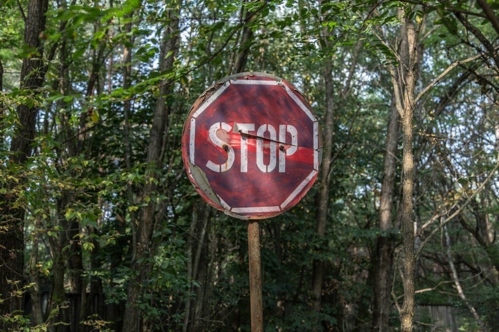 stop-sign-redress